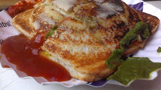Mumbai Masala Toast Sandwich2
