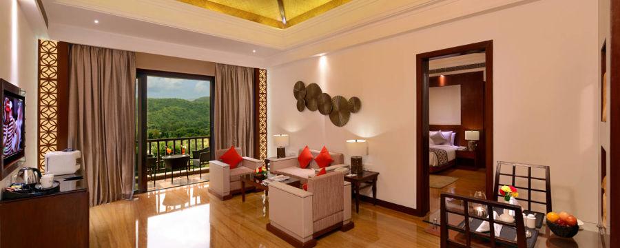 alt-text Junior suite living room in udaipur, suites in udaipur