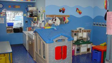 toddler-room-569199 1920