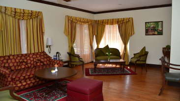 Cottages hotel rooms in Kodaikanal, Cottages at The Carlton Hotel, Cottages in Kodaikanal, Holiday in Kodaikanal 7