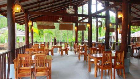 Koh Yao Beach Bungalows, Koh Yao Noi, Thailand Koh Yao Restaurant Koh Yao Beach Bungalows Koh Yao Noi Thailand 5