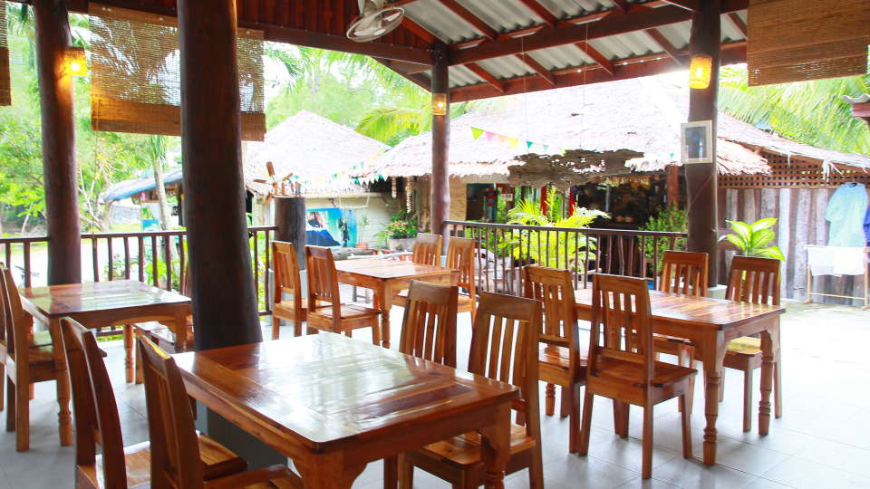 Koh Yao Beach Bungalows, Koh Yao Noi, Thailand Koh Yao Restaurant Koh Yao Beach Bungalows Koh Yao Noi Thailand 1