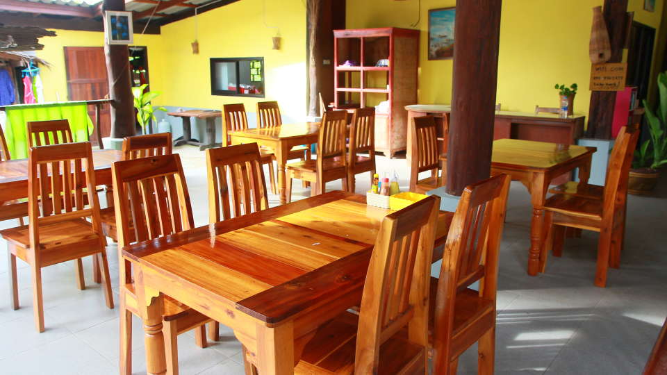 Koh Yao Beach Bungalows, Koh Yao Noi, Thailand Koh Yao Restaurant Koh Yao Beach Bungalows Koh Yao Noi Thailand 3