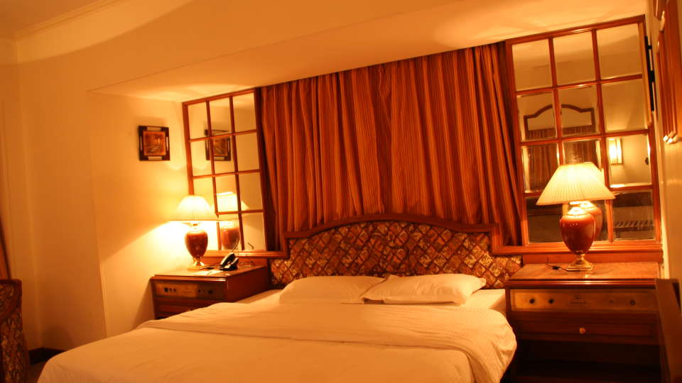 Executive Deluxe Room Hotel Kohinoor Executive Pune 1