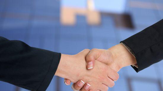 handshake-3298455 1920