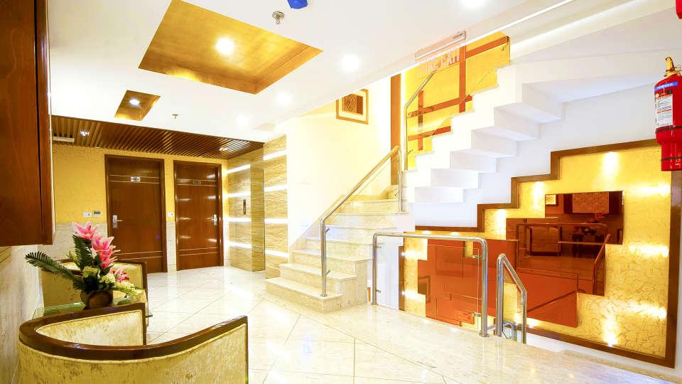 Hotel Swaran Palace, Karol Bagh, New Delhi New Delhi staircase Hotel Swaran Palace Karol Bagh New Delhi