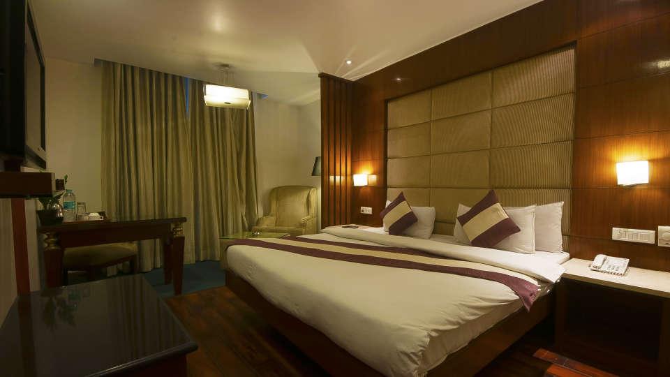 Rooms in Paharganj, Rooms in New Delhi, Hotel Aura Paharganj 2