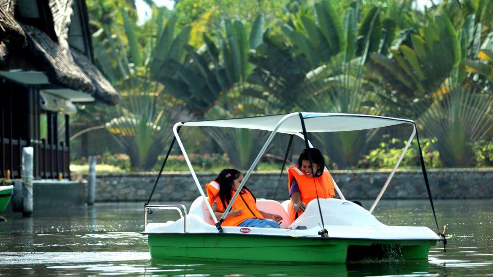 Boating, Vasundhara Sarovar Premiere, Vayalar