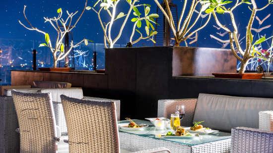 SORA, Open Air Rooftop Restaurant in Jaipur, Clarks Amer, bars in jaipur