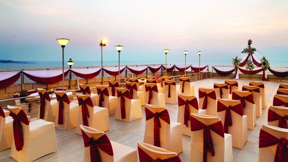 rooftop banquet at hotel ramada plaza palm grove juhu beach mumbai