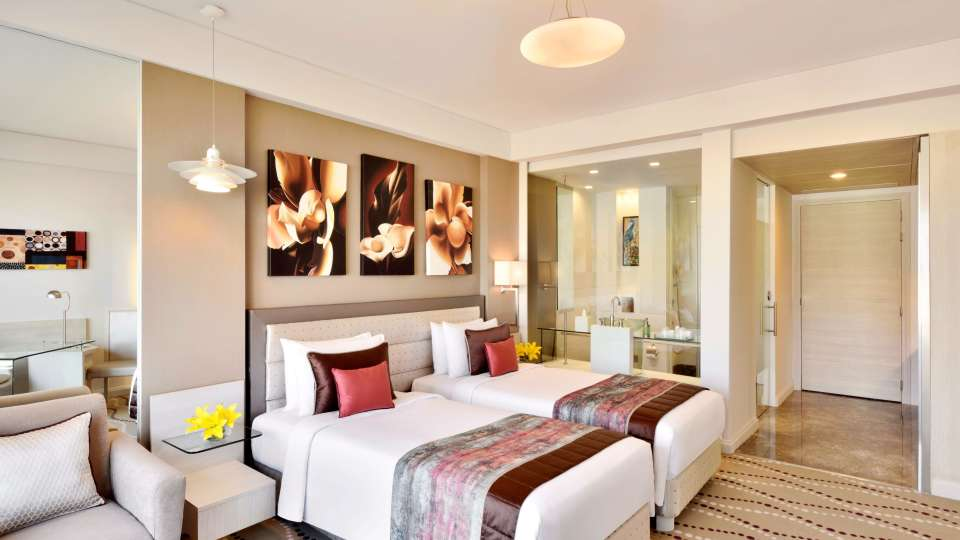 Superior Twin Bed Room at Radisson Blu - Bengaluru Outer Ring Road 2