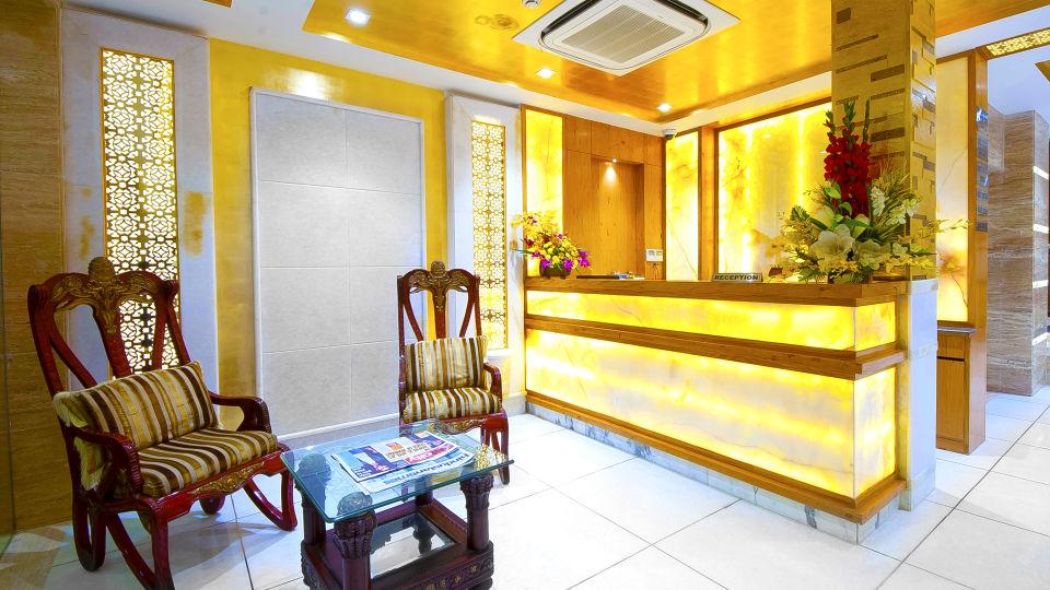 Hotel Swaran Palace, Karol Bagh, New Delhi New Delhi lobby old 2 Hotel Swaran Palace Karol Bagh New Delhi