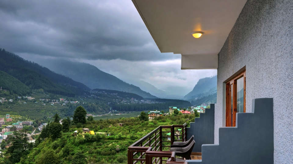 Room View Summit Chandertal Regency Hotel Spa Manali Hotels in Manali