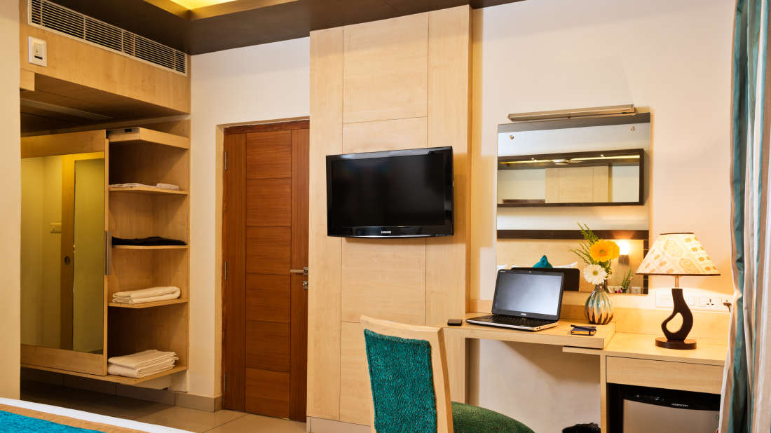 Deluxe Rooms5_hotel rooms in Vijayawada_Hotel Southern Grand