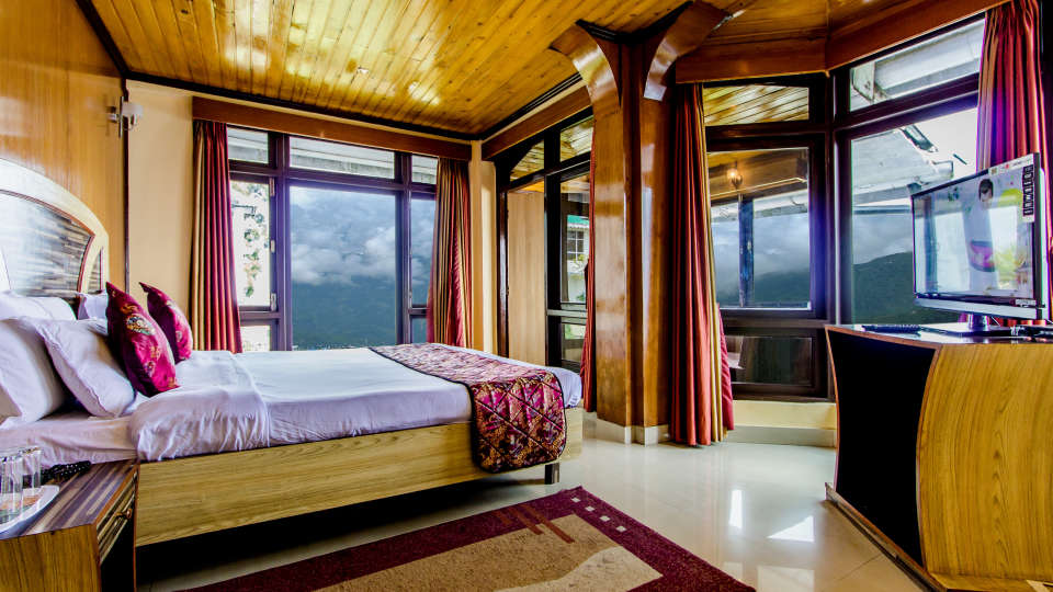 Central Gleneagles, Darjeeling Darjeeling club room cottage