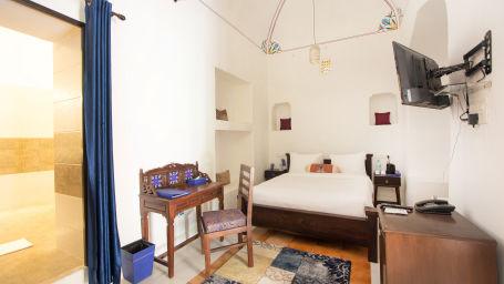 Superior Room at Bara Bungalow Kalwar, Jaipur 1, Jaipur rooms, Stay in Jaipur