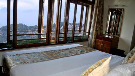 Central Heritage Resort & Spa, Darjeeling Darjeeling Central Heritage Suite Room Central Heritage Resort and Spa Hotel in Darjeeling 2