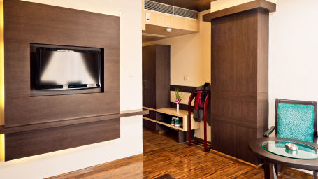 Royal Suite_Hotel Southern Grand Vijayawada, hotel rooms near Vijayawada railway station, Vijayawada hotels122