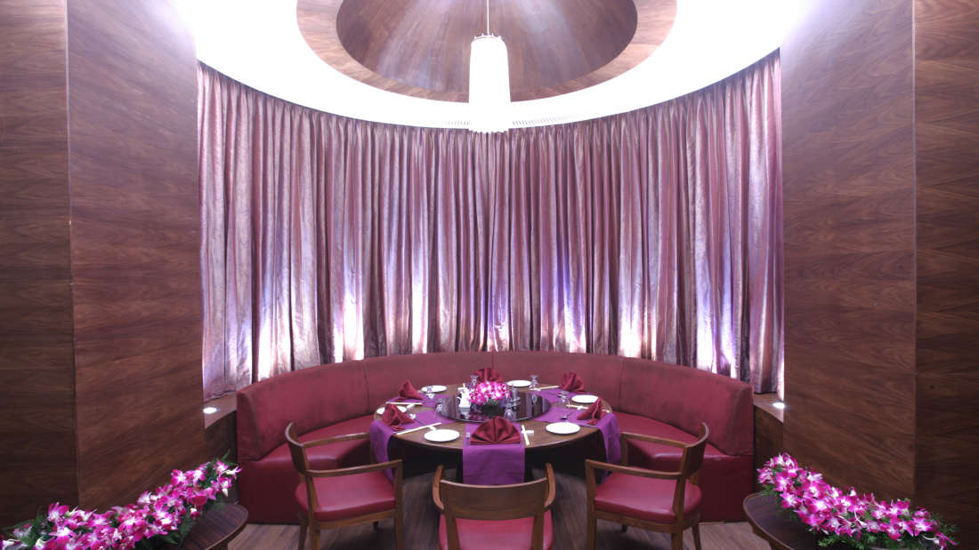 Oriental Bowl Bar and Specialty Restaurant in Madh Island at The Retreat Hotel and Convention Centre Madh Island Mumbai