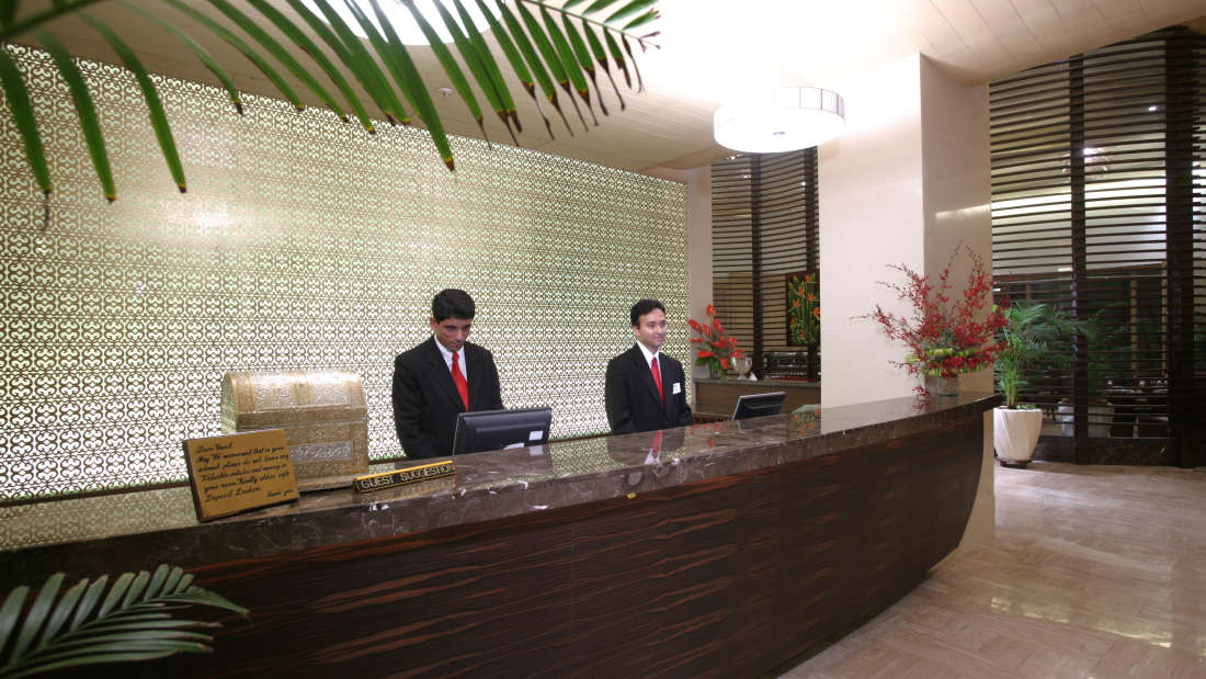 Reception at The Retreat Hotel and Convention Centre Malad Mumbai, best hotels in mumbai