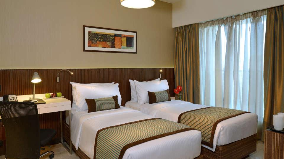 Superior Room at Residency Sarovar Portico Mumbai 3