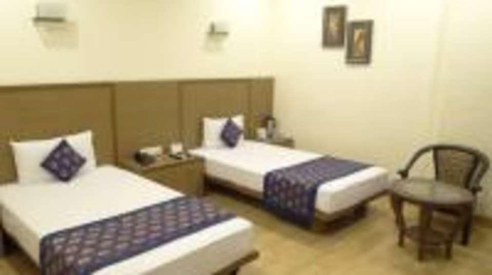 Hotel Ratnawali - A Pure vegetarian hotel Jaipur G room
