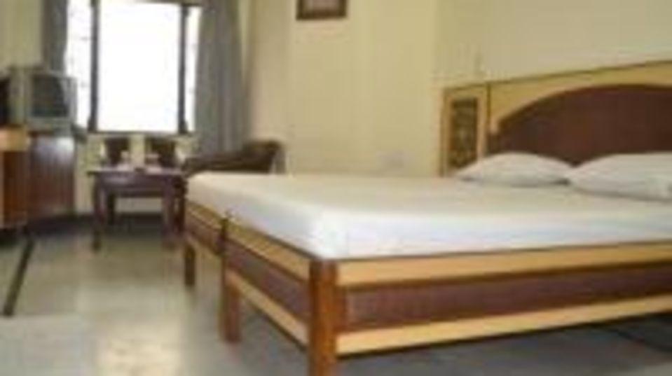 Hotel Taj Plaza Agra DSC 0064 room