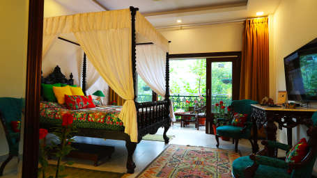 Parakeet _Superior Rooms_Shaheen Bagh Resort_Stay In Dehradun 1