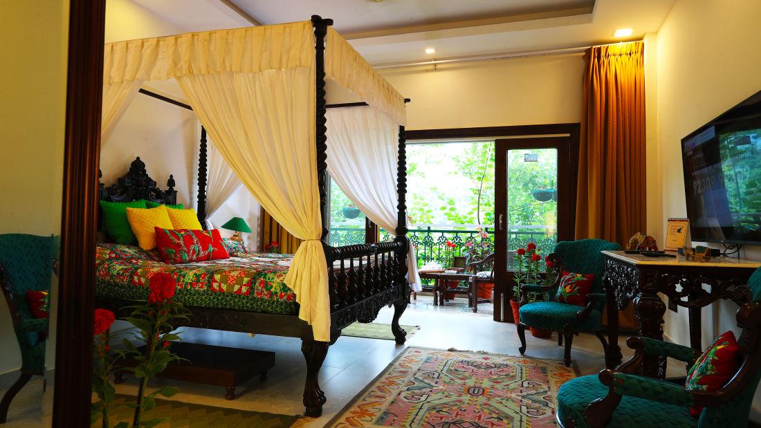 Parakeet _Superior Rooms_Shaheen Bagh Resort_Stay In Dehradun 1