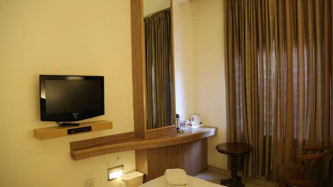 Super Deluxe Hotel Southern Regency Karol Bagh Delhi Paharganj Hotels 4