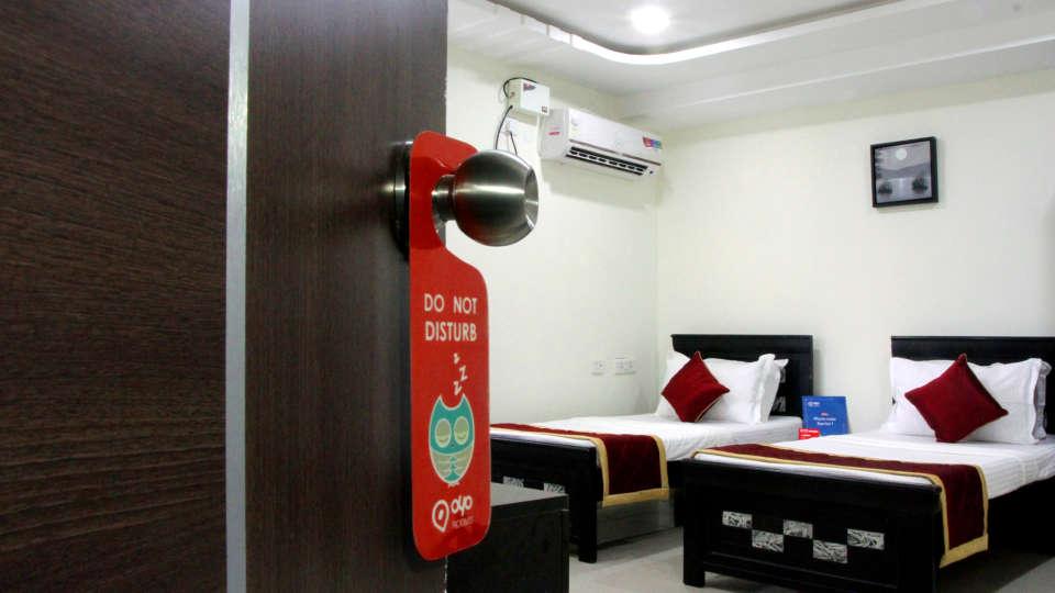 Hotel Siri Inn Hyderabad Hyderabad Deluxe Room 9 Hotel Siri Inn Hyderabad