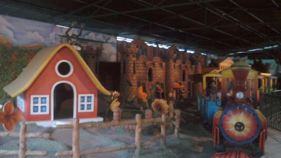 Kids Rides - Mini Express at  Wonderla Amusement Park Bangalore