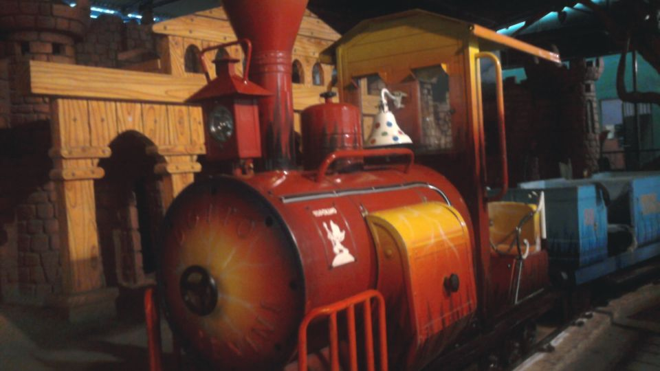 Kids Rides - Mini Express at  Wonderla Amusement Park Bengaluru