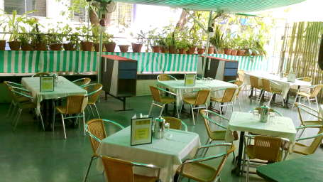 Hotel Raviraj, Pune Pune snehal-coffee-shop