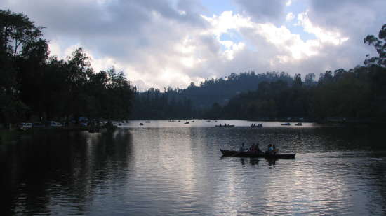 Greenlands Youth Hostel & International Tourist Home Kodaikanal Kodai mannavanur lake