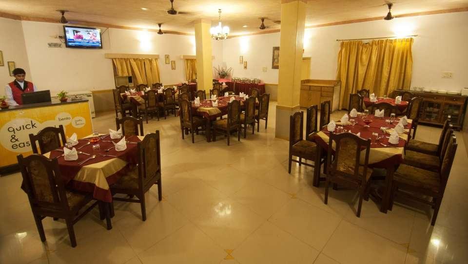 Hotel Rajputana Palace, Jodhpur Jodhpur Toran restaurant hotel rajputana palace jodhpur rajasthan 2
