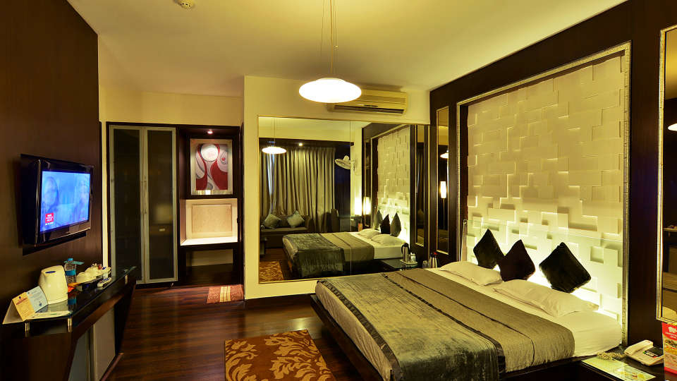 Hotel Shreyans Inn, Safdarjung Enclave, New Delhi Delhi Shreyans Inn Safdarjung Enclave New Delhi Luxury Rooms4 2