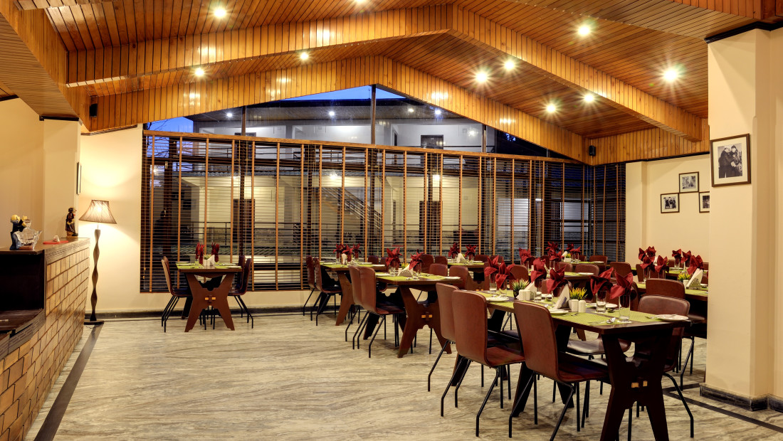 Tsomgo Restaurant Summit Norling Resort and Spa Gangtok