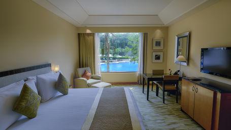 Grand Deluxe Rooms in Vasant Kunj, The Grand New Delhi, 5 Star hotels in New Delhi 107