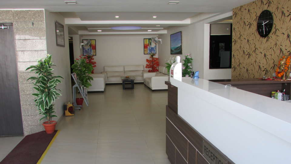 Hotel Skyland, Ahmedabad Ahmedabad Reception 5