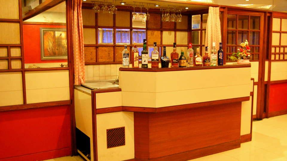 Hotel Raviraj, Pune Pune bar hotel raviraj pune
