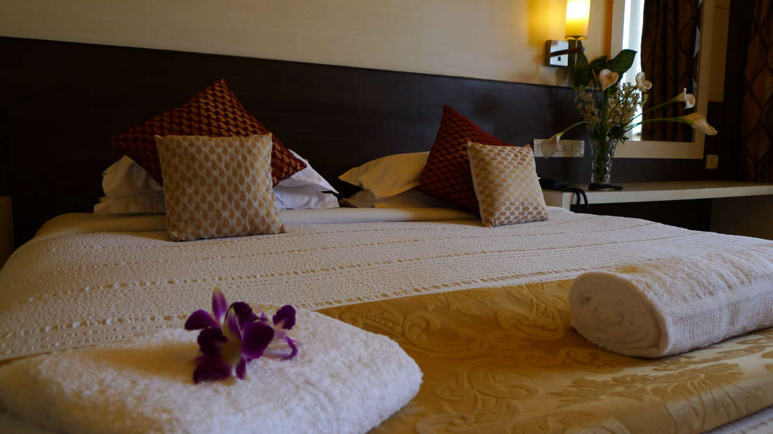 Executive Suite The Hans Hotel Hubli 2