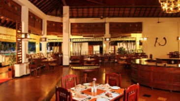 Granary Restaurant in Kumarakom, Places to eat in Kumarakom, Abad Whispering Palms, resort in Kumarakom-2
