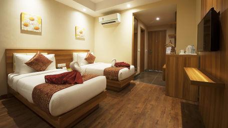 Le ROI Haridwar Hotel Haridwar Deluxe Room Le Roi Haridwar Hotel 7