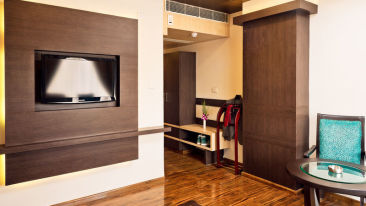 Deluxe Rooms_Hotel Southern Grand Vijayawada_Family Rooms In Vijayawada 4
