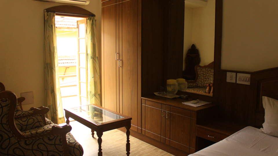 Hotel Park Avenue, Kochi Kochi Premium Deluxe Room Hotel Park Avenue Kochi 1