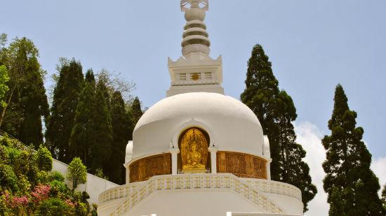 Japanese Peace Pagoda  Darjeeling 02
