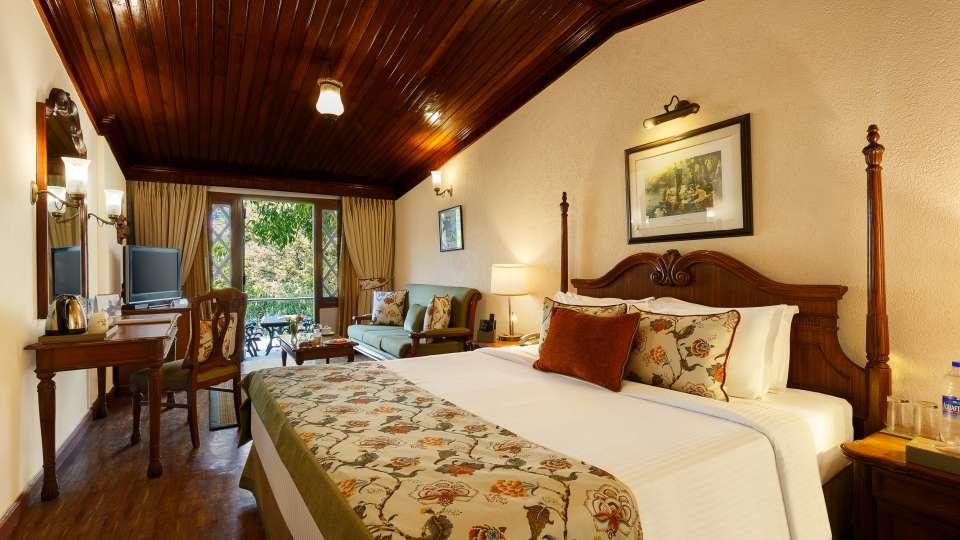 The Naini Retreat- Lake Front Room