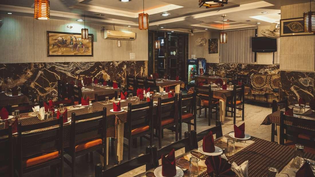 Restaurant at Hotel Meenakshi Udaipur 2