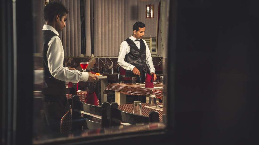 Restaurant at Hotel Meenakshi Udaipur 4